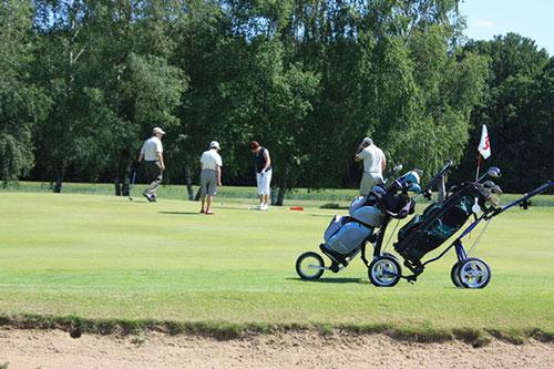 Commencer le golf ! 3 forfaits adaptés à vos disponibilités